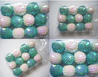 Jewelry supplies, balls, blue white balls