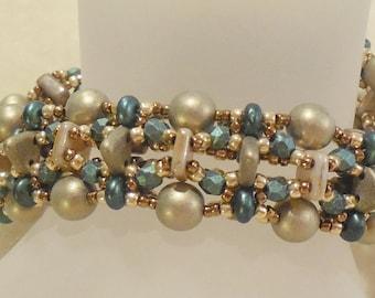 PATTERN Golden Layers bracelet with CzechMate Quadra Tile beads bead weaving
