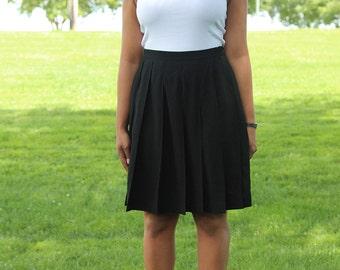 Vintage Black Midi Pleaded Skirt