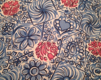 Vintage Quilting weight Cotton Fabric Hearts Flowers Blue Pink