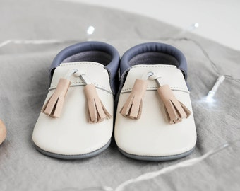 Baby Boy Shoes | Baby Moccasins | Crib Shoes | Bow | Baby Moccs | Moccs | Baby Shoes | Moccs | Moccasin Booties | Newborn moccasins