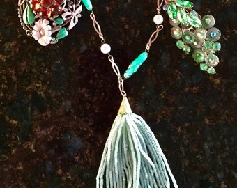 Glorious Irish Greens Vintage Necklace