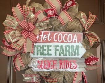 Winter wreath. Christmas wreath. Winter front door wreath. Christmas front door wreath. Wreath for the front door. Hot cocoa wreath.