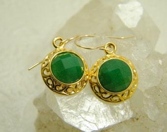 Gold agate earrings, Green stone earrings, Dangle earrings, Lace gold earrings,  Emerald color earrings, Bridesmaid earrings, Gift for her,