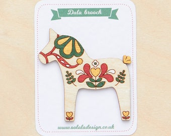 Dala horse brooch, Christmas horse, Swedish horse, Gift for horse lover, Retro jewellery, Horse brooch, Scandinavian design, Horse jewellery