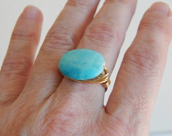 Gold wire wrapped aqua blue jade oval ring, boho style, everyday ring, festival chic jewelry, neutral, trendy jewelry, summer jewelry
