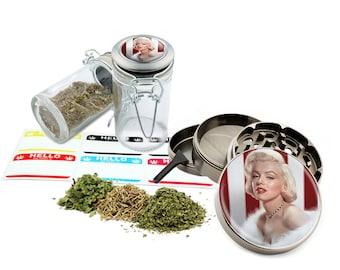 "Marilyn Monroe - 2.5"" Zinc Alloy Grinder & 75ml Locking Top Glass Jar Combo Gift Set Item # 50G012516-24"