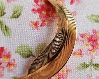 Vintage leaf brooch gold tone feather