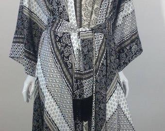 Black, white and tan tunic top/dress O/S