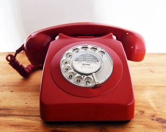 Iconic Deep Red British Funky Retro Telephone