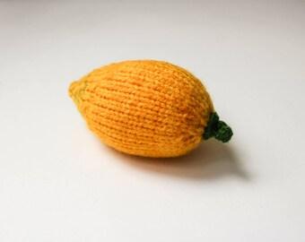 Zacht speelgoed citroen gift voor foodie - voedsel gevulde speelgoed voor peuters drukke zak speelgoed doll voedsel citrus vruchten Waldorf speelgoed gele citroen - gebreide spelen