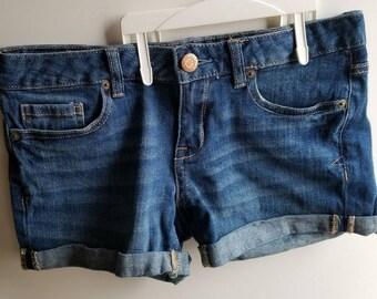 Aeropostal Denim jean Shorts size 4 Casual