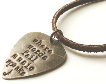 Where Words Fail Music Speaks Guitar Pick Keychain. Mens Valentines Day.