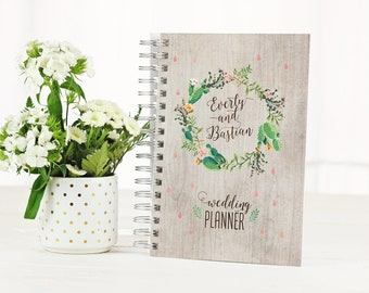 Desert Wedding Planner Book Monthly Planner 2018 Planner Personalized Gift Bridal Shower Gift for Bride Wedding Planner Gift To Do List