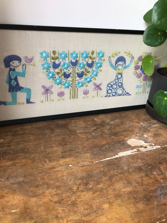 Tradition Swedish folk art crewel embroidered wall hanging pastel colors flowers and figurines /couple linen