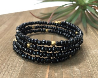 Black and Gold Memory Wire Bracelet Beaded Bracelet Black Bracelet Cuff Bracelet Stack Bracelet Seed Beads Gifts Under 25 Gifts For Her