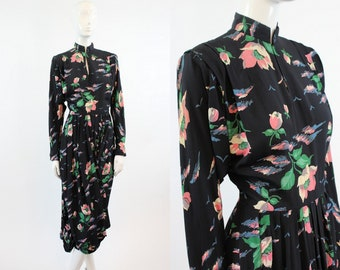 40s Dress Rose Print XS  / 1940s Vintage Dress Rayon  / Roses and Clematis Dress