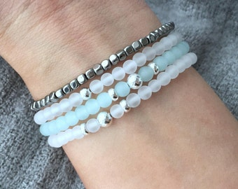 QUINSCO STACK Q009 - Four Piece White and Sea-Foam Green Bracelet Stack