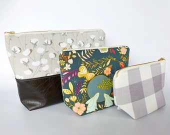 Moon Bunny Diaper Bag Pouch | Floral Gray | Gingham Diaper Bag Organizer | Diaper Cluch | Zipper Pouch