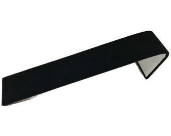 """Bracelet Display Ramp Black Velvet 1 1/2 x 8 x 2"""""""