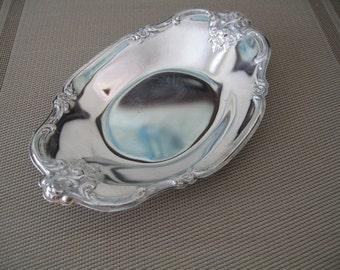 Vintage Wm Rogers Silverplate Dish With Flowered Design Trim