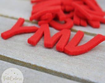 26 letters in red felt, full alphabet, Red felt form. It measures 4 cm. 3 mm thick felt. Full alphabet of red letters.