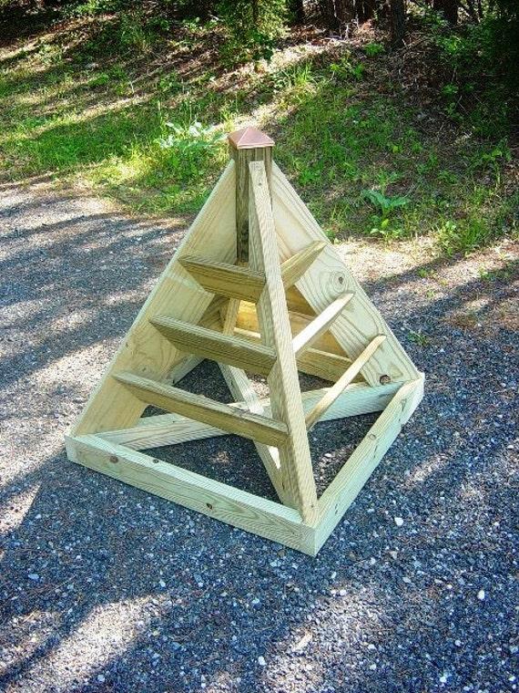 how to build a strawberry pyramid garden