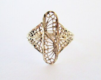 Vintage 925 Sterling Silver Filigree Ring Size Nine and One Half Edwardian Style Free Shipping