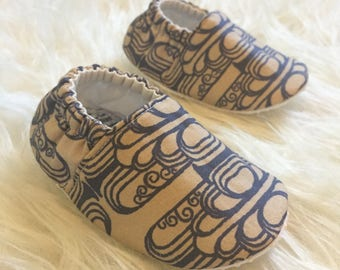 Baby Moccs: Navy & Tan Deco / Baby Shoes / Baby Moccasins / Childrens Indoor Shoes / Vegan Moccs / Soft Soled Shoes / Montessori Shoes