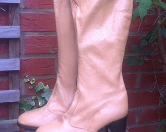 Beige Leather Boots Sixties size 35 1/2