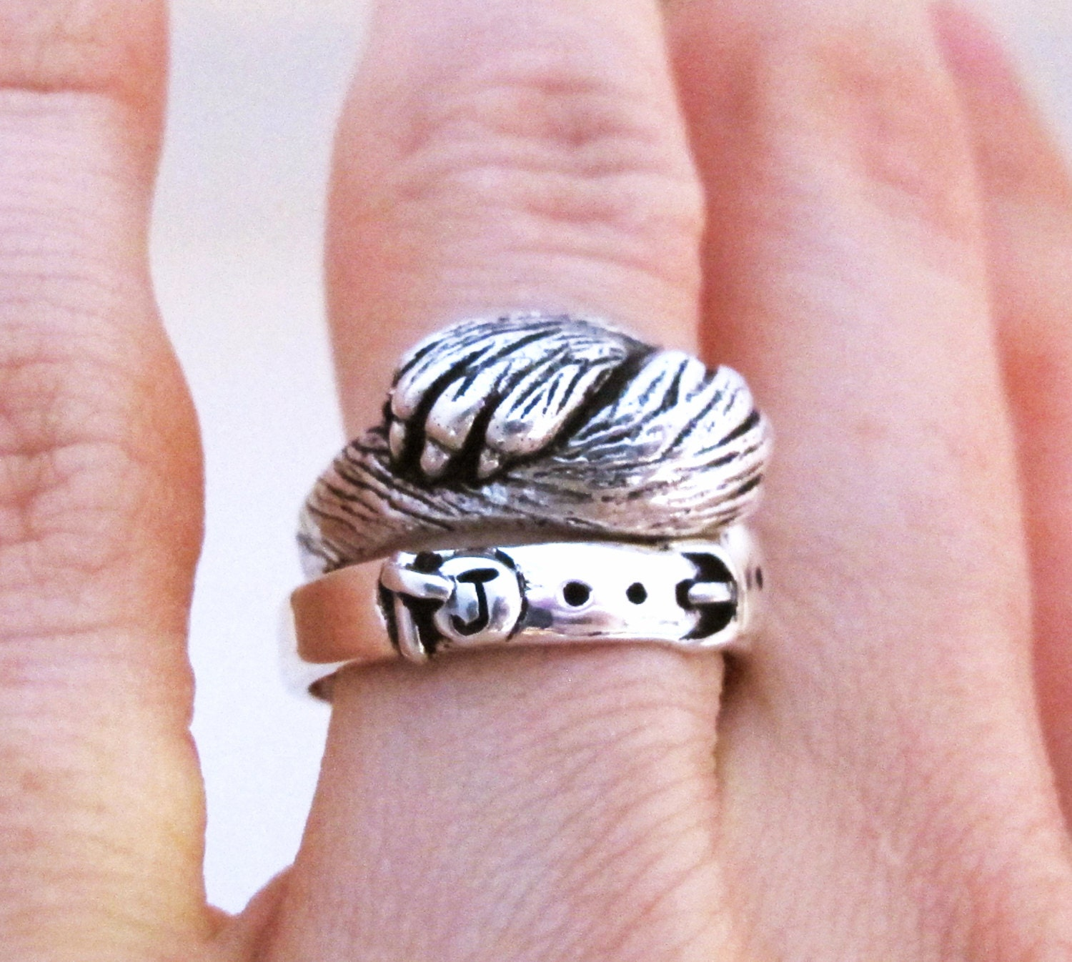 Paw to Paw - Silver Cat Ring - Cat Lover Wedding or Engagement Ring ...