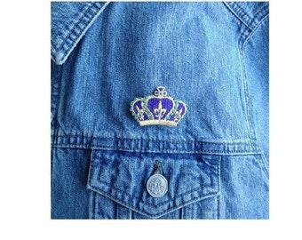 Mardi Gras Crown Lapel Pin Brooch - Fat Tuesday - Mardi Gras - Seasonal Jewlery