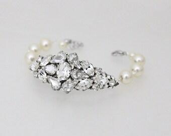 Crystal Bridal bracelet, Bridal jewelry, Wedding bracelet, Crystal bracelet, Pearl bracelet, Wedding jewelry, Swarovski bracelet, Rose gold