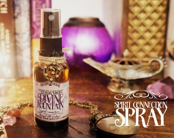 Spirit Connection Spray *Divine Fountain* with Essential Oils and Crystals -Frankincense, Sandalwood, Cinnamon & Amethyst (1oz - 30cc)