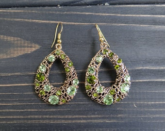 Vintage jewelry for mom bridal earrings green earrings mother of the bride gift boho jewelry boho earrings greneery jewelry mint earrings