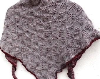 Knitted triangle shawl, colorful shawl, triangular scarf, knitted gray brown wrap, knit wool kerchief, wool knit wear, scarves, winter wrap