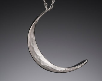 L Silver Moon Necklace // Moon Phase Necklace // Large Crescent Moon Necklace // Pagan Moon Jewelry // Moon Sliver