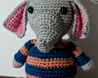 Colin the Elephant crochet amigurumi