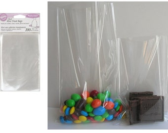 100 Count Party Bags, Clear Mega Pack For Candy And Cookie Treats, Perfect For Party Favors For Birthdays, Weddings, Graduation and more