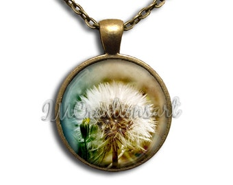 Stunning Dandelion Glass Dome Pendant or with Chain Link Necklace NT122