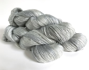 Evangeline Lace.Silk Bamboo. Silver Ghost