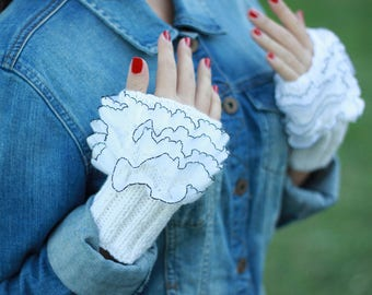 Ruffled fingerless gloves, Knit wrist warmers, Frilly wrist cuffs for women, Ruffle gloves - Pick your color