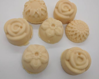 Mini soaps, gingerbread soaps, set of five soaps, flower soaps, gift soaps, guest soaps, tiny soaps, tiny house apothecary