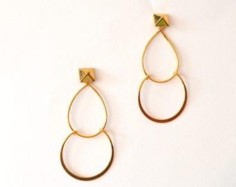 Gold Stud Hoop Earrings / Gold Pyramid Earrings / Brass Gold Geometric Earrings / Long Gold Hoop Earrings / Diamond Shape Geometric Earring