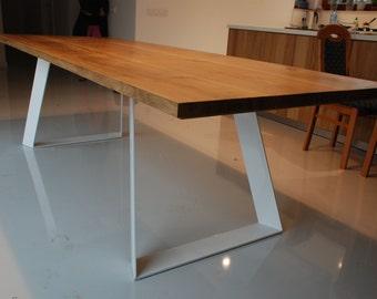 COLT. Solid oak dining table. Handmade. Modern design