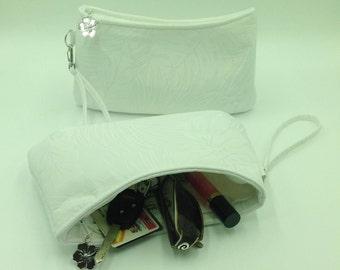 Clutch, Curved Clutch, Wristlet, Clutch Purse, Evening Bag, Bridesmaid Clutch, Zippered Bag in Tropical Leaf Print - Made in Maui