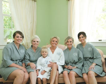 Bridesmaid Gift - Bridesmaid Robes - Wedding Robe - Personalized Short Kimono Waffle Weave Robes, Monogrammed Gift, Embroidered Bridal Robes