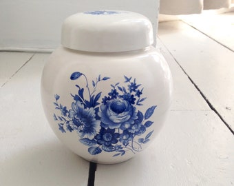 Blue & White Floral Ginger Jar Vase - Container Caddy - Vintage Kitchenalia - Decorative Accessory Pottery