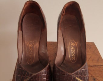 1950's Brown Crocodile Peep Toe Shoes