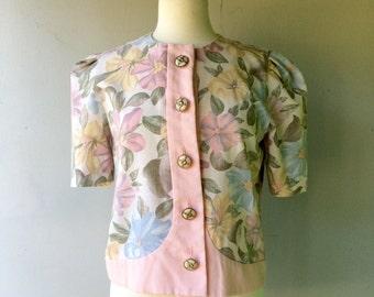 1980s Pink FLORAL Shirt Sleeve Blazer or Blouse // Size Med